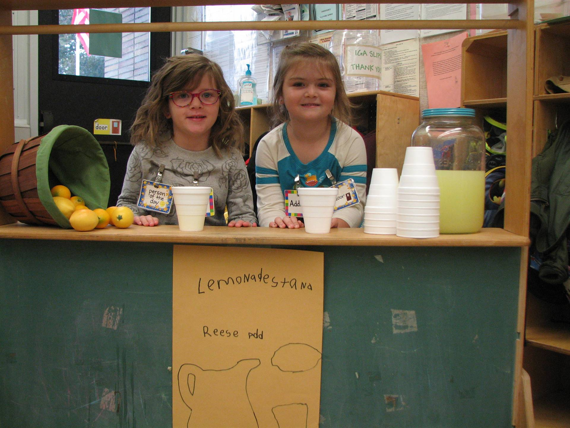 Preschoolers enjoy their lemonade stand
