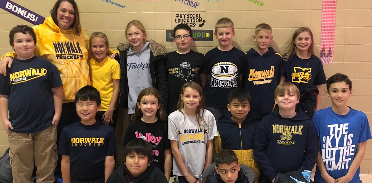 League students and staff are wishing Bobby Vasquez good luck at state and wishing their counselor, Mr. Fox and the Truckers football team good luck in the playoffs!