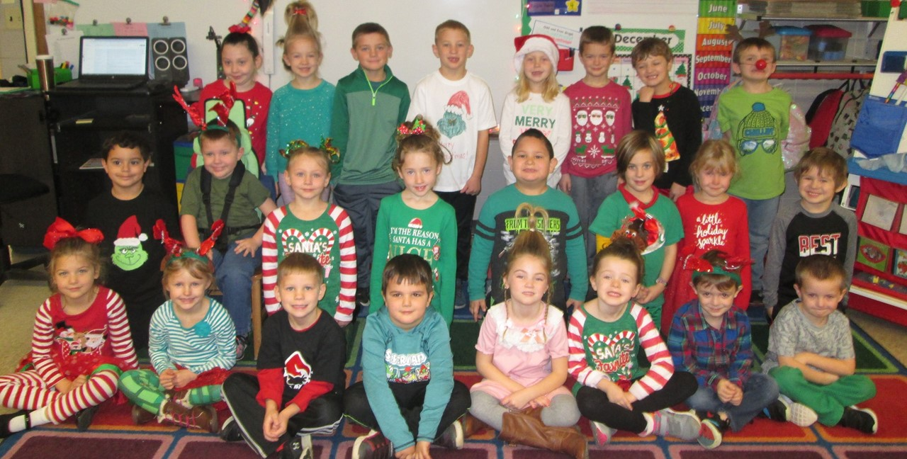 Mrs. Steinwart's Kindergarten class dressed for the holidays