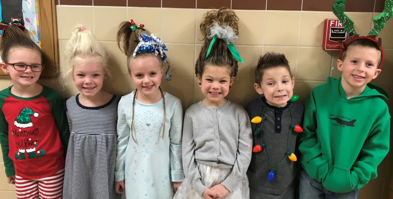Students dressed as Grinch characters