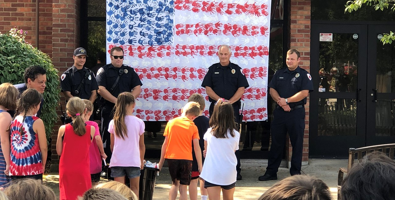 Students thank first responders