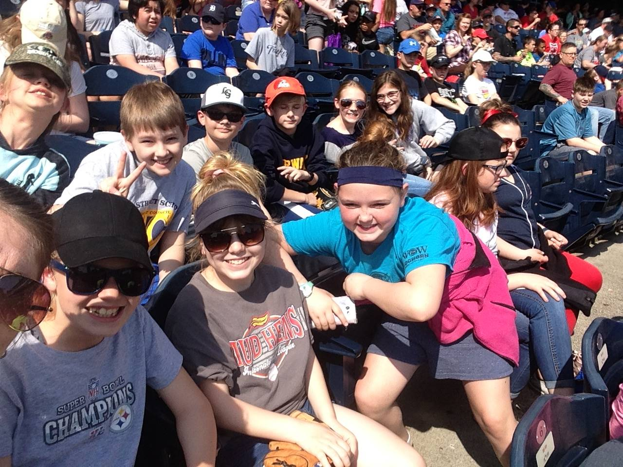 Students enjoy the Mud Hens game